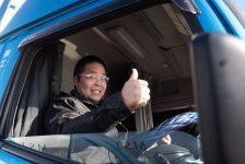 準中型トラック 大手アパレル集荷ドライバー・加須第一営業所